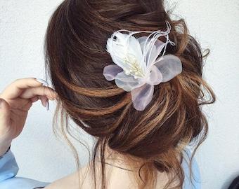 Bridal Feather Flower Hair Accessory Headpiece/wedding hair clip/bridal flower headpiece with feathers/flower hair clip/Rustic Wedding