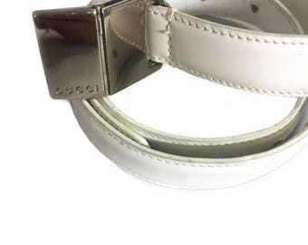 Vtg. Athentic GUCCI white leather Belt w Silver Buckle