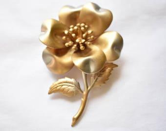 "Vintage Metal Flower Statement Brooch Coat Sweater Pin Mid Century Retro Costume Jewelry 3"""