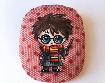 BROOCH HARRY illustration painted by hand on fabric