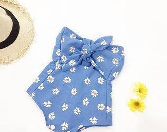 Girl Summer Romper, Baby Girl, Romper, Girls Outfit, Cake Smash Outfit, Girl Baby shower gift, Baby girl, playsuit, Handmade, daisy, bow