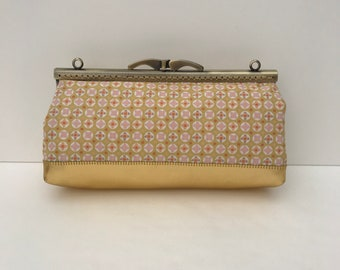 cotton base metal clasp gold leatherette clutch / / handmade / / clutch geometric patterns