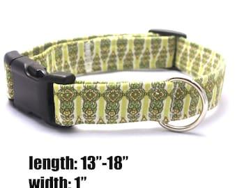 Medium Green Oriental Design Collar