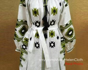 Ukrainian Linen Embroidered Mini Dress Vyshyvanka. Bohemian Dress. Mexico Dress, Embroidered Ukraine dress. White short dress. Free Shipping