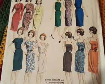 Vintage Vogue #3013  Size 16