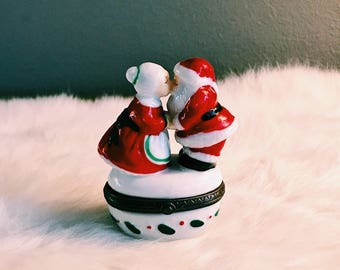 Vintage Kissing Mr. + Mrs. Claus Pill Box / Small Christmas Trinket Dish