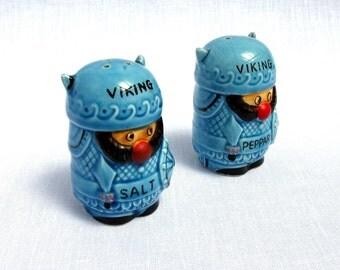 Viking Salt & Pepper Shakers / 60,s / Cruet Set / Marked Foreign / Souvenir Set / Hand Painted / Scandinavian / Mid century / Collectibles