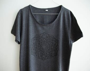 FREE DELIVERY! / Dark grey Men Mandala T-Shirt for Enlightenment / Gray Mandala Shirt / Sacred Mandala Shirt / Mandala Top / Mandala Tee