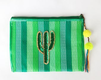 Cactus bag, Cactus clutch, Mexican mercado clutch, Mexican mercado bag, Cactus pouch, Mexican clutch, Mexican handbag, Pom pom clutch,