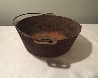 antique cast iron kettle with baled handle and pouring spout witches cauldron