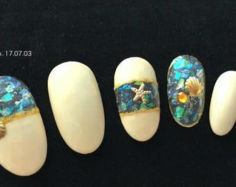 Shell paper between artificial nail