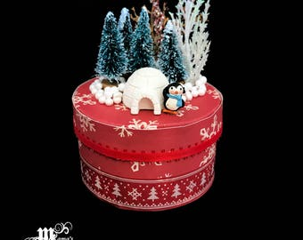 Paper Mache Jewelry Box with Igloo and Penguin, Plaid, Red, Black, Box, Trees, Foliage, Round, Snowflakes, Trinkets, Christmas, Festive