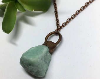 Green Aventurine Necklace, Raw Stone Necklace,  Gifts for her, Copper Necklace, Copper Jewelry, boho jewelry, hippie jewelry, stone jewelry