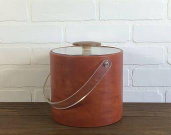 Leather Wrapped Midcentury Ice Bucket Barware / Vintage Leather Wrapped Ice Bucket Madmen Barcart Barware / Vintage Tan Beige Ice Bucket