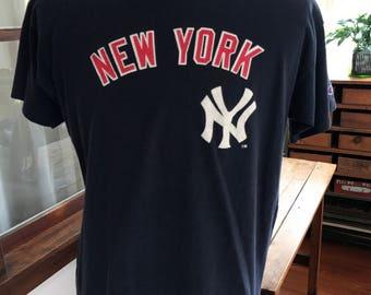 Vintage 1990's Champion NY Yankees T Shirt