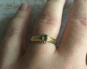 Antique Green Tourmaline or Emerald Ring 14K Gold Stirrup Ring | Antique Green Stone Ring | Victorian Edwardian Ring