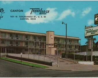 1960s Canton Travelodge, Canton, Ohio Vintage Postcard | Curteichcolor | Curteich | Unused
