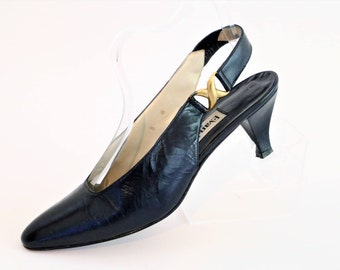 Evan Picone Navy Blue Slingback Shoes with gold detail/Size Euro 8 W/Retro Shoes/1980's