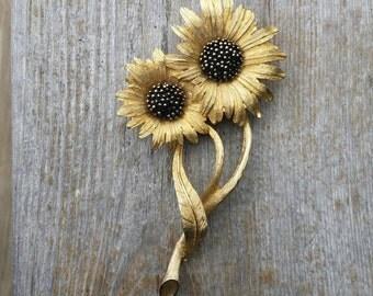 Large Ledo 1961 Sunflower Brooch