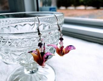 Origami crane earrings // Pink Purple Earrings // Beads Earrings // 1st year anniversary gift
