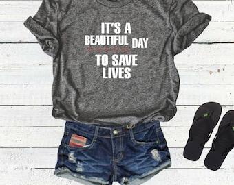 Grey Sloan Memorial Hospital T shirt Top Tee, Greys anatomy, Meredith Grey, Derek Shepherd, Yang, Karev, its a beautiful day to save lives