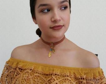 Feather Leather Choker Necklace, Choker for Women, Suede Choker Necklace, O Ring Choker, Bohemian Feather Choker, Gold Pendant Choker
