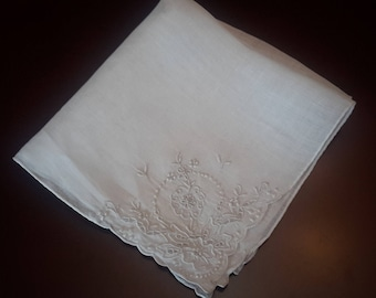 Vintage Floral Handkerchief, pretty hankies, hanky flowers, wedding handkerchief