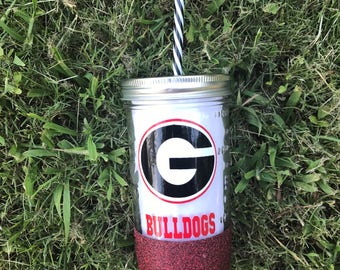 Georgia bulldogs mason jar tumbler, glitter dipped tumblers, glitter dipped football tumblers, georgia bulldog cup, college football, dawgs