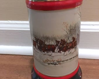 """Budweiser Collector's Series Beer Stein for 1990 - """"An American Tradition"""" by Artist Susan Sampson"""