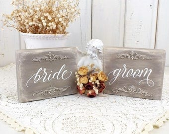 Bride and groom small Vintage style wood sign Wedding vintage sign Marriage sign Wedding day decor French wedding Shabby chic wedding sign