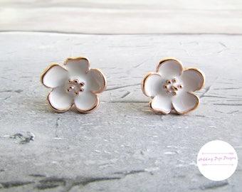 Flower Earrings, Bridal Earrings, Bridal Accessory, Flower Stud Earrings, Flower Post Earrings, Rose Gold Earrings, Bridesmaid Gift