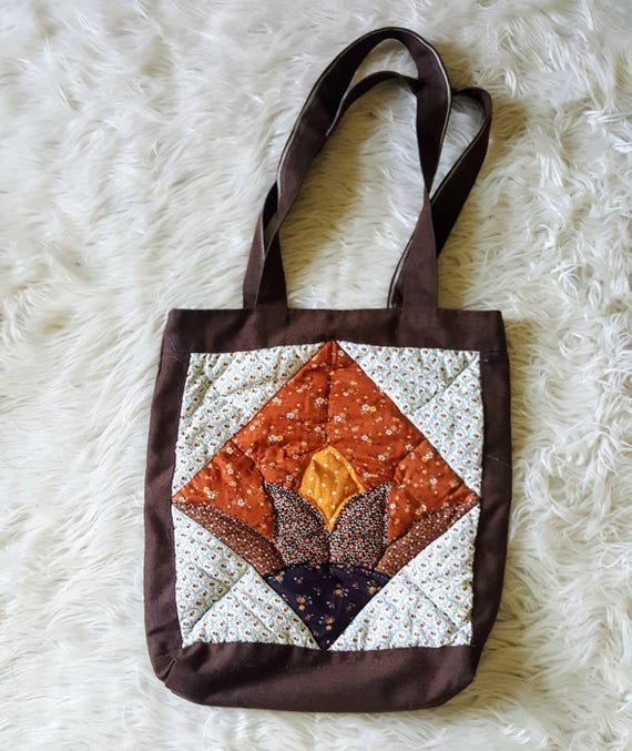 Vintage 70s hand quilted oversized tote bag. Funky 70s purse