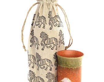 Wine bag Gift for horse lover Linen gift bags Gifts for wine lovers Horse gifts Wine bottle holder Horse bag Wine gift Wine holder Wine tote