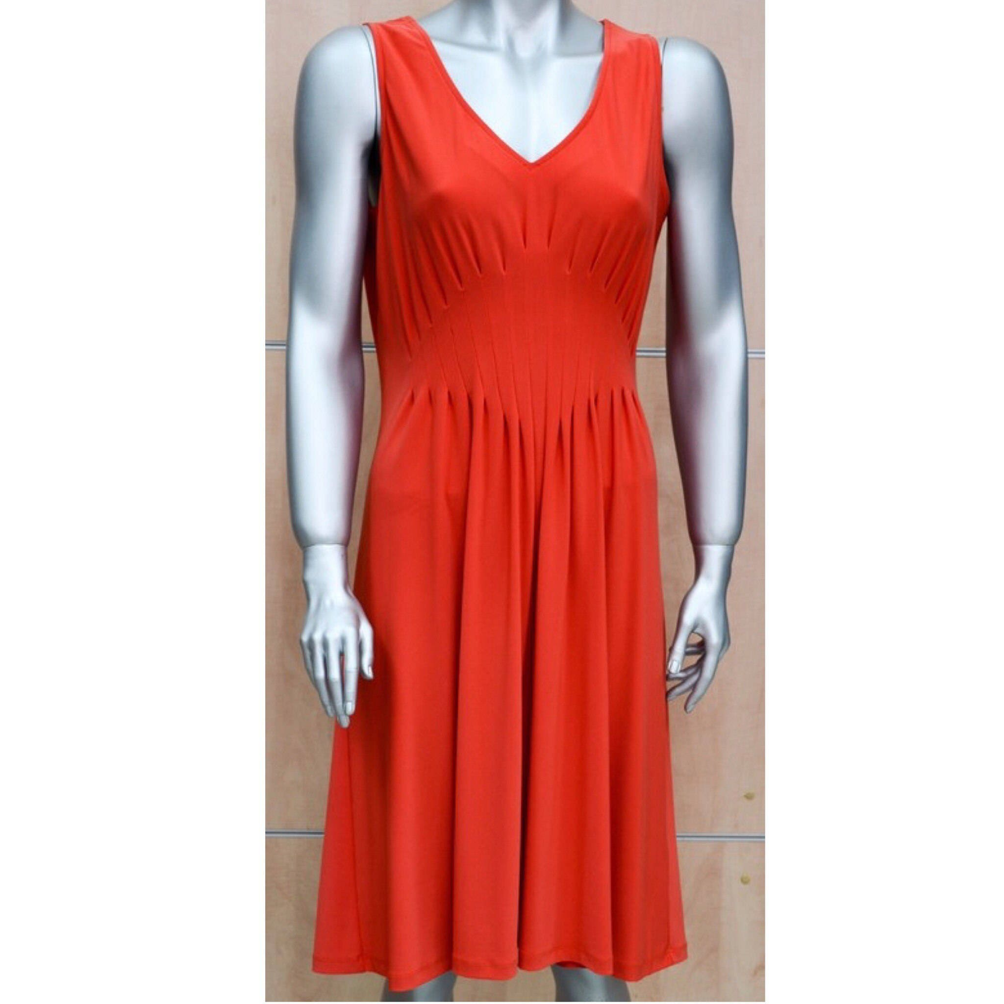 robe orange lauren vidal rouge. Black Bedroom Furniture Sets. Home Design Ideas