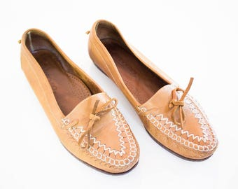 Vintage leather moccasin loafers size 8 1/2
