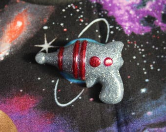 Dark Silver Retro Ray Gun Pin