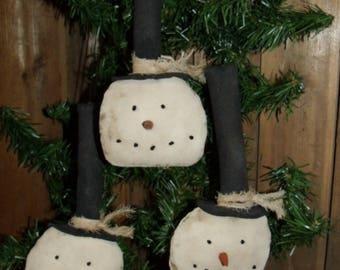 Primitive Snowman Ornaments/Primitive Christmas/Primitive handmade/Primitive Winter/snowman/tree ornament/plain and simple snowmen /SET OF 3