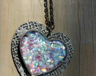 Small Antique Silver Heart Bezel