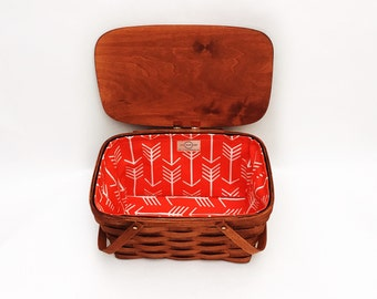 HANDCRAFTED PICNIC BASKET for 2-4 people