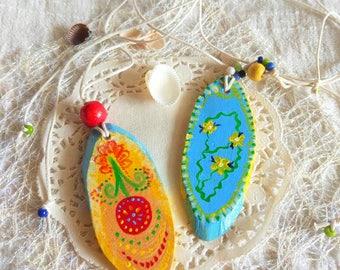 Folk painted Ethnic ornament boho wood Necklace Whimsical jewellery wood slice painе Pendant Festival Life artisan wood jewelry eco friendly