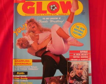 1988 Glow Magazine #2 Gorgeous Lasdies Of Wrestling High Grade WITH POSTERS!