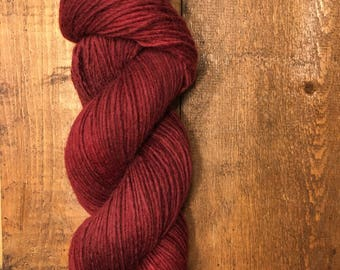 WORSTED 1 PLY highland wool CRIMSON
