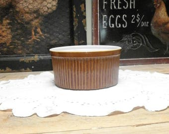 PICA round oven dish/baking dish, brown/Pottery/Vintage/British