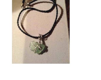 Light green sea glace necklace