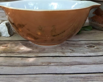 Pyrex, Small Mixing Bowl, Early American Pattern, Colonial Brown, 22 Karat