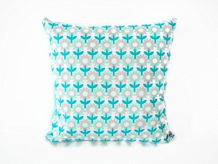 housse de coussin 35 x 35 cm tissu imprim fleurs r tro. Black Bedroom Furniture Sets. Home Design Ideas