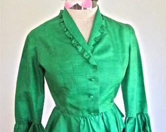 S M 50s Silk Blouse Kelly Green Shirt Shantung 3/4 Sleeves Peplum Button Down Frills 40s Small Medium
