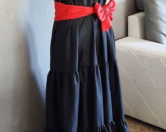 1 strapless dress with Ruffles, handmade