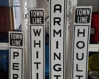 Maine Town Line Sign
