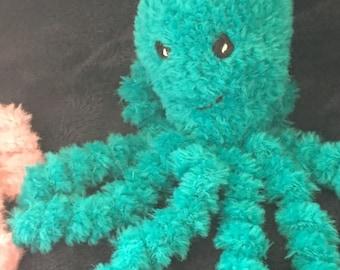 Octopus cuddle blanket